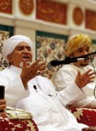 مجالس الصلاة والسلام على الحبيب ﷺ وسيلة إلى الوصول إلى اعلى مراتب التقريب